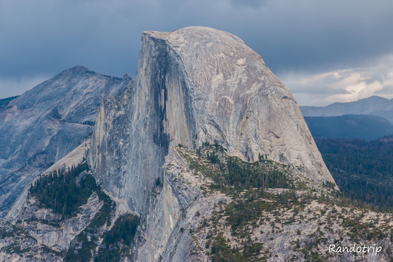 Le Half Dome depuis Glacier Point à Yosemite