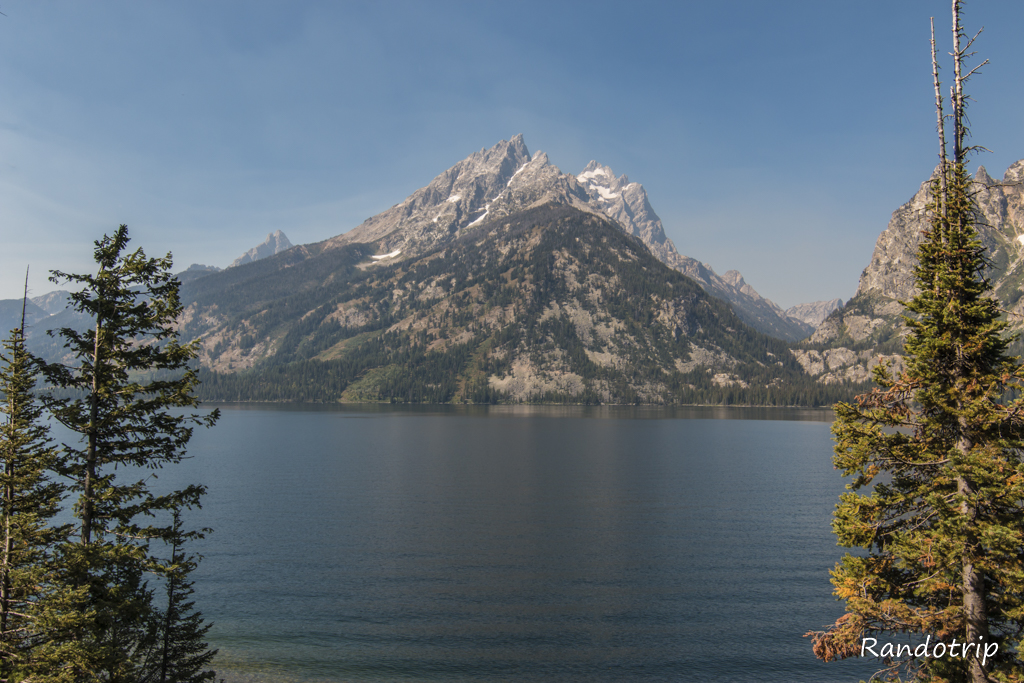 Le Jenny Lake à Grand Teton National Park dans le Wyoming