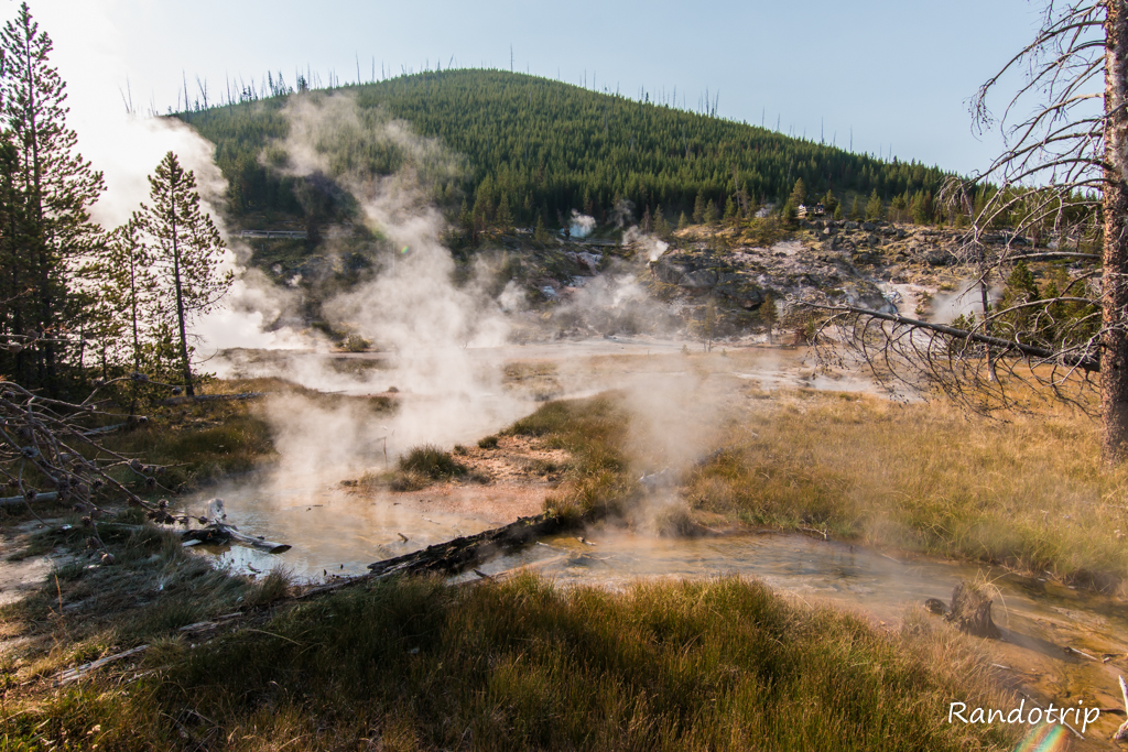 Secteur Artist Paint Pots à Yellowstone dans le Wyoming