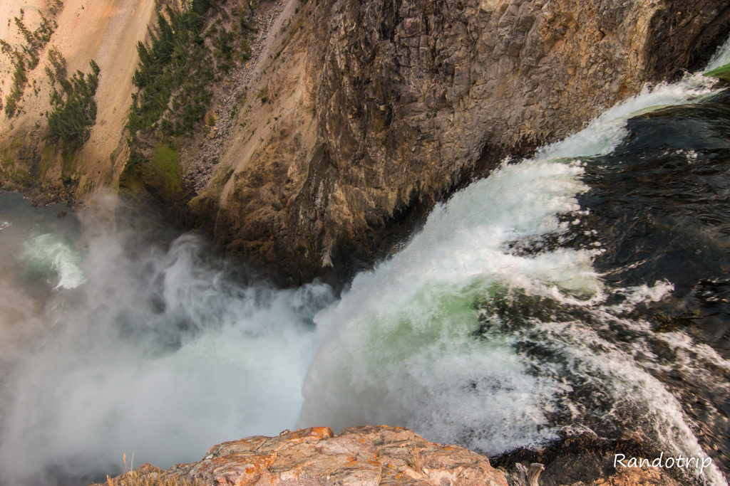 Brink Of The Lower Falls au Grand Canyon de Yellowstone