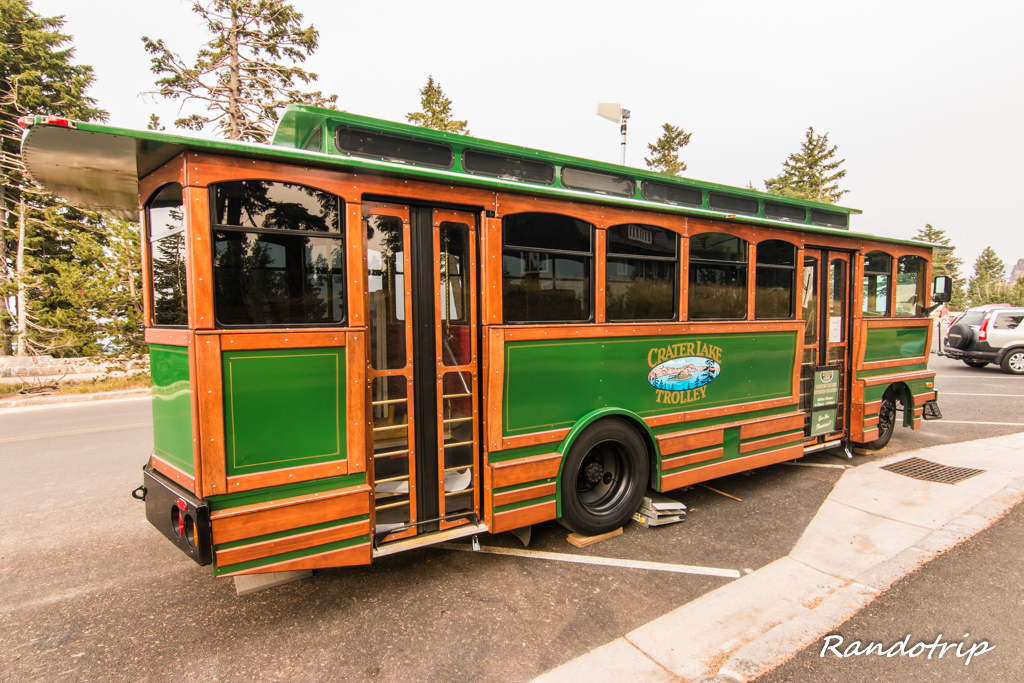 Trolley Bus à Crater Lake dans l'Oregon