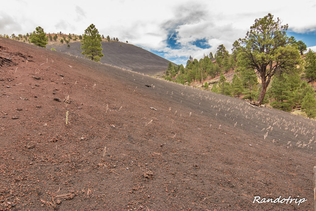 Sunset Crater Volcano NM / Wupatki NM : 2 voisins sur la route du Grand Canyon