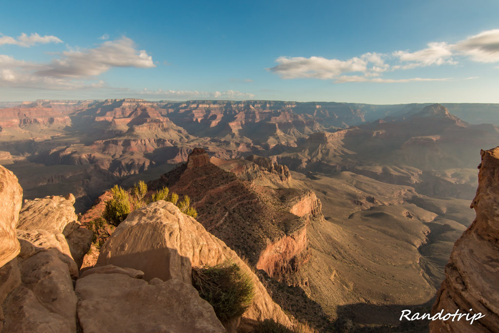 Point de vue Ohh Ahh Point sur le South Kaibab Trail au Grand Canyon dans l'Arizona