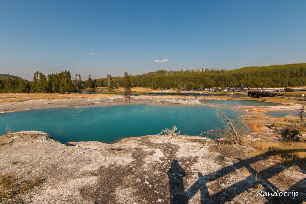 La partie Biscuit Basin de Yellowstone dans le Wyoming
